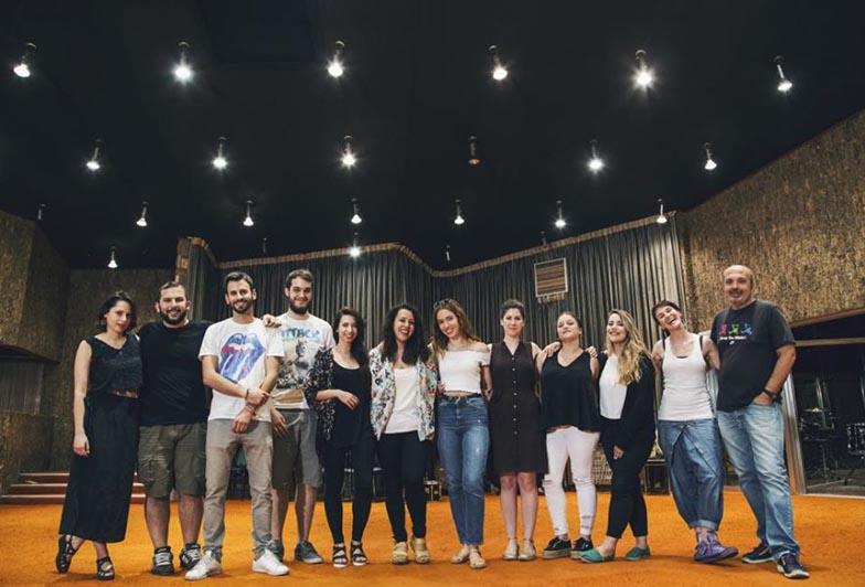 terry-vakirtzoglou-recording-qualia-sierra-studio-lab-choir